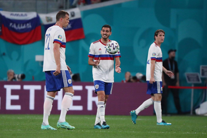 Rusijos futbolo rinktinė siekia iškovoti pirmąją pergalę Europos čempionate.<br>AFP/Scanpix.com nuotr.