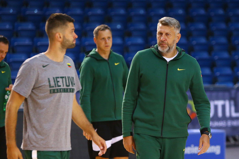 """Lietuvos krepšininkai jau treniruojasi """"Žalgirio"""" arenoje.<br>M.Patašiaus nuotr."""