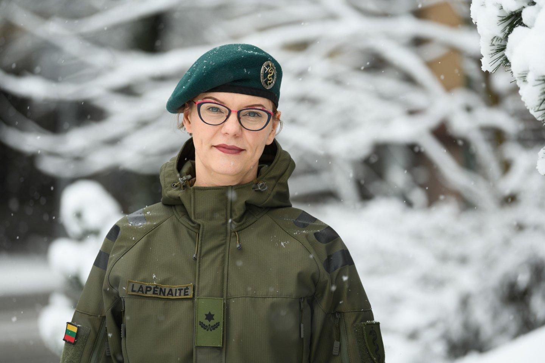 Danutė augo kariškio šeimoje, daug žinojo apie tėčio profesiją, uniformuotų žmonių draugija jai visada buvo sava.<br>Asmeninio archyvo nuotr.