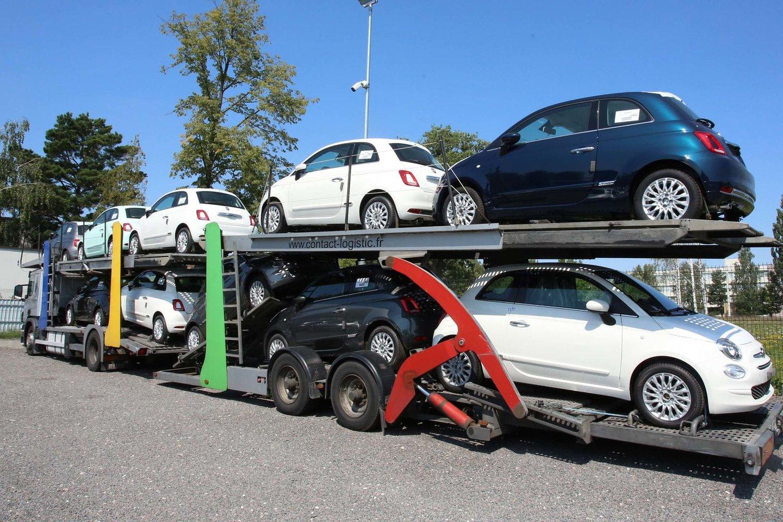 """""""AutoTyrimų"""" duomenimis, gautais išanalizavus VĮ """"Regitra"""" pateiktus pradinius duomenis, 2021 m. gegužę šalyje pirmą kartą įregistruota 11 372 naudoti lengvieji (M1 ir N1) automobiliai.<br>M.Patašiaus nuotr."""
