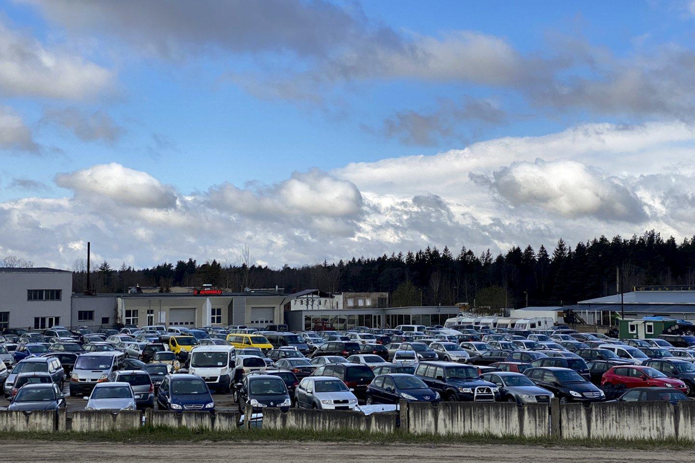 """""""AutoTyrimų"""" duomenimis, gautais išanalizavus VĮ """"Regitra"""" pateiktus pradinius duomenis, 2021 m. gegužę šalyje pirmą kartą įregistruota 11 372 naudoti lengvieji (M1 ir N1) automobiliai.<br>V.Ščiavinsko nuotr."""