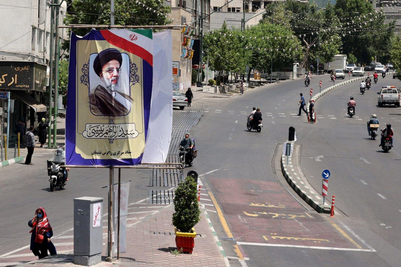 Irano prezidento rinkimuose varžysis keturi kandidatai. <br>AFP/Scanpix nuotr.
