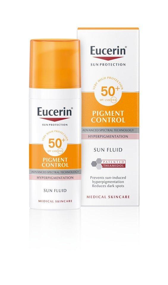 """""""Eucerin Pigment Control"""" – visų tipų veido odai skirta apsaugos nuo saulės priemonė. Ji efektyviai sumažina pigmentines dėmes ir apsaugo nuo pakartotinio jų atsiradimo.<br>Partnerio nuotr."""