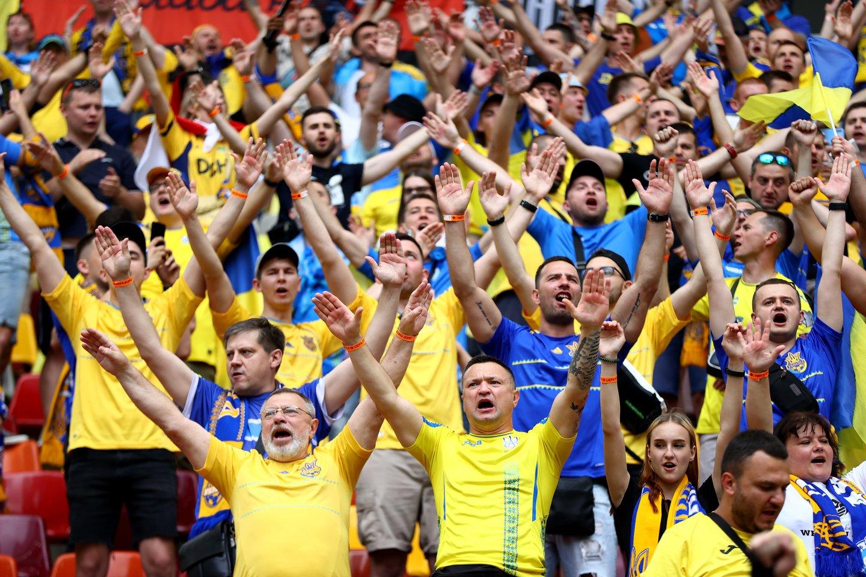 Ukrainos futbolo sirgaliai.<br>AFP/Scanpix.com nuotr.