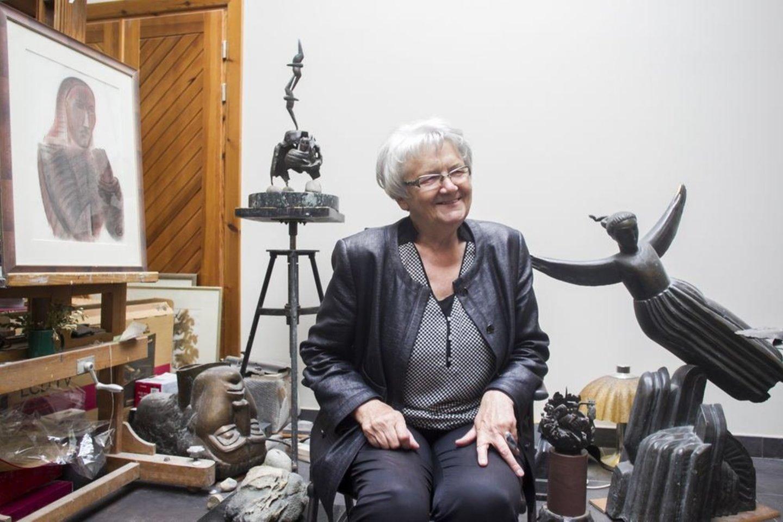 D.O.Matulaitė yra sukūrusi dešimtis skulptūrų.