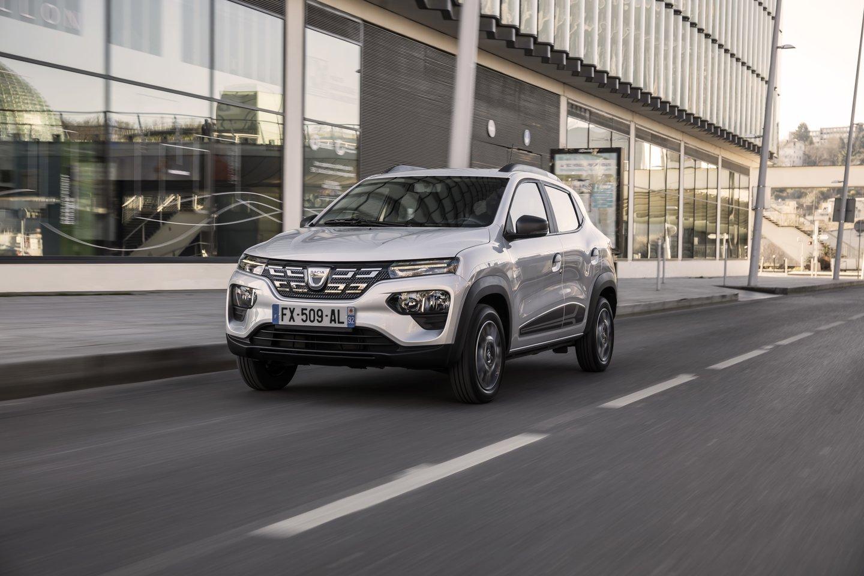 """Daug automobilių markių neseniai pakeitė logotipus.<br>""""Dacia"""" nuotr."""