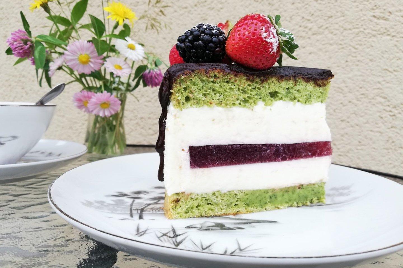 """Tortas """"Smaragdinis""""."""