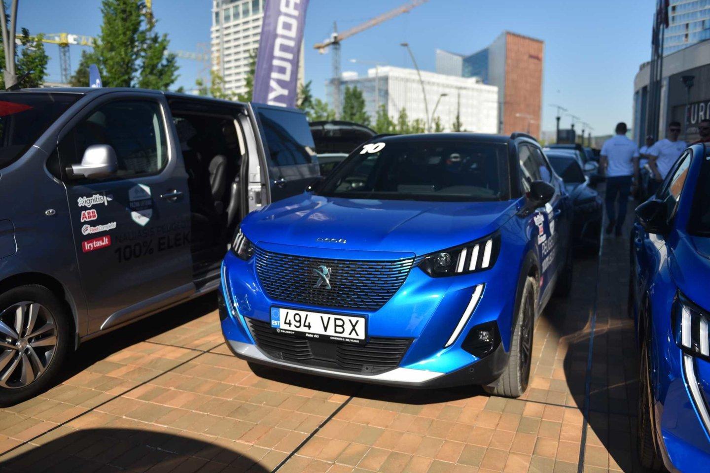"""Penktadienį, jau septintus metus iš eilės startuosiančiose elektromobilių varžybose """"Ignitis ON: Pažink Lietuvą!""""<br>Vytauto Pilkausko nuotr."""