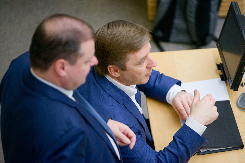 Ramūnas Karbauskis ir Saulius Skvernelis.<br>J.Stacevičiaus nuotr.