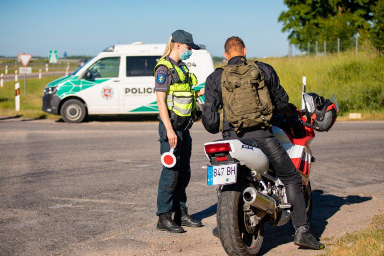 Šią savaitę visuose Klaipėdos apskrities keliuose vykdoma sustiprinta vairuotojų ir dviratininkų neblaivumo kontrolė.<br>Pranešėjų spaudai nuotr.