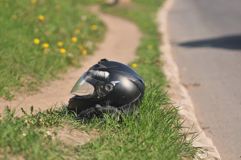 Klaipėdos apskrities policija iš motociklininkės pusmečiui atėmė teisę vairuoti – ji važiavo 122 kilometrų per valandą greičiu.<br>A.Vaitkevičiaus asociatyvi nuotr.