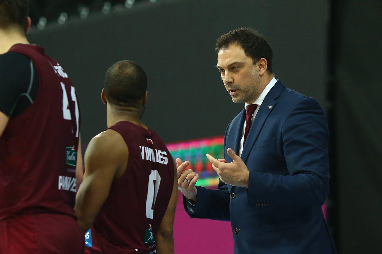 Panevėžio klubo treneris N.Čanakas.<br>G.