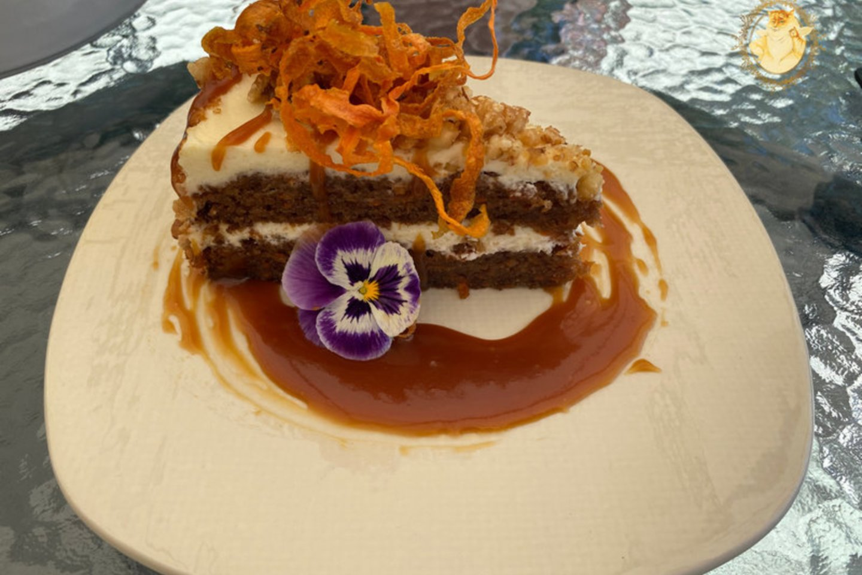 """Restoranas """"Meet &amp; Taste"""" Kaune. Morkų pyragas – 4 eurai.<br>""""Riebus katinas"""" nuotr."""
