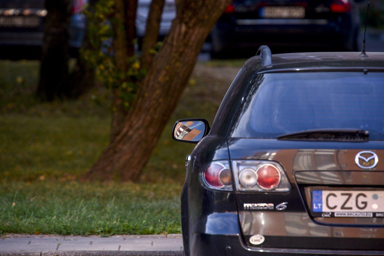 VMI griežčiau kontroliuos, kaip įmonės naudoja savo automobilius.<br>V.Ščiavinsko nuotr.