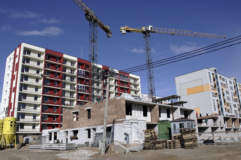 Išaugusios statybinių medžiagų kainos turi įtakos ne tik būstų kainoms: dalis statybų bendrovių gali patirti didelių nuostolių ar net bankrutuoti.<br>V.Balkūno nuotr.