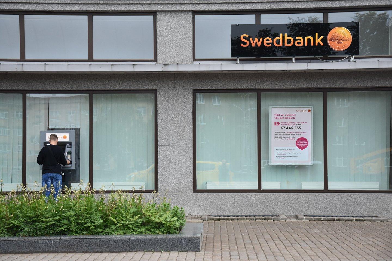 """Pirmadienį užfiksuoti """"Swedbank"""" paslaugų sutrikimai.<br>A.Srėbalienės nuotr."""
