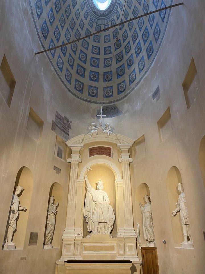 Šv.Vladislovo koplyčia atveriama po metus trukusios restauracijos.