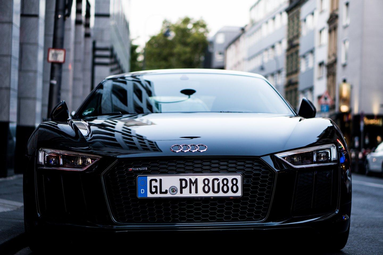 """Žiniasklaida suodė apie """"Audi"""" kompanijos planus, kada vokiečiai pristatys paskutinį naują modelį.<br>www.unsplash.com nuotr."""