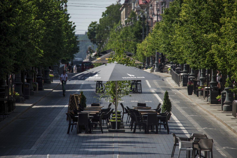 Vilnius gelbėjasi nuo karščio.<br>V.Ščiavinsko nuotr.