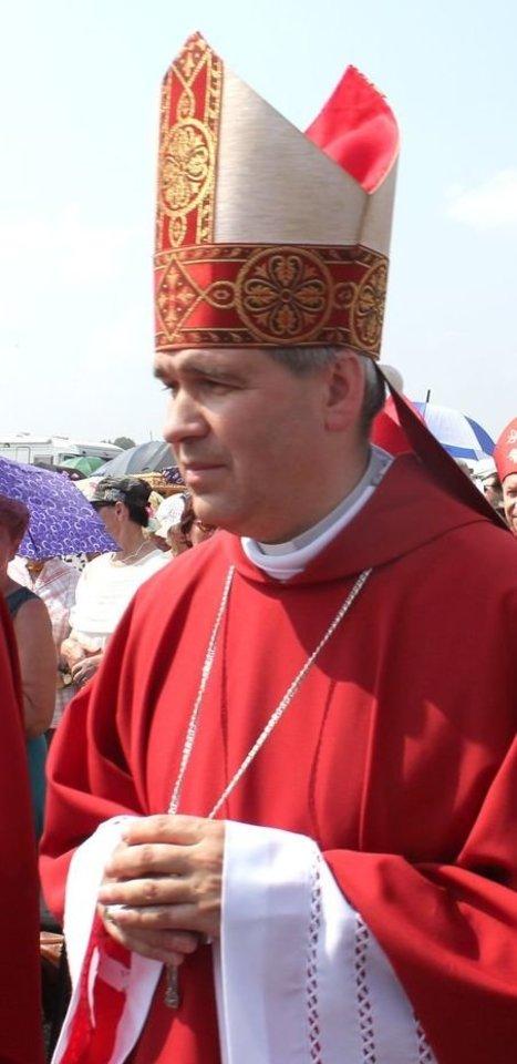 Panevėžio vyskupas Linas Vodopjanovas OFM sakė nežinojęs apie jo vyskupijoje įvykusį sukrėtimą ir griežtai pasmerkė brutalų išpuolį prieš mirusįjį.<br>R.Vitkaus nuotr.