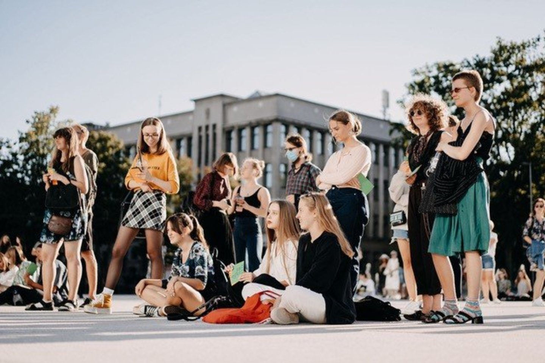 """Festivalis """"Per_kūnija"""" siekia tyrinėti identiteto, psichologinės gerovės, komunikacijos neverbaliniais būdais, tvarumo ir kitas jaunimo auditorijai aktualias temas.<br>Martyno Plepio nuotr."""