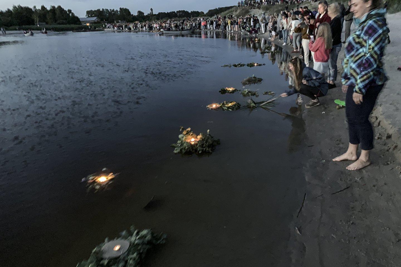 Antradienį Vyriausybė apsisprendė dėl kai kurių karantino ribojimų atlaisvinimo per Jonines.<br>V.Ščiavinsko nuotr.