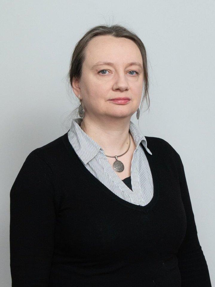 VU Baltistikos katedros profesorė dr. Daiva Sinkevičiūtė vardino įvairias priežastis, kodėl Jono vardas yra populiariausias.<br>Edgaro Kurausko nuotr.