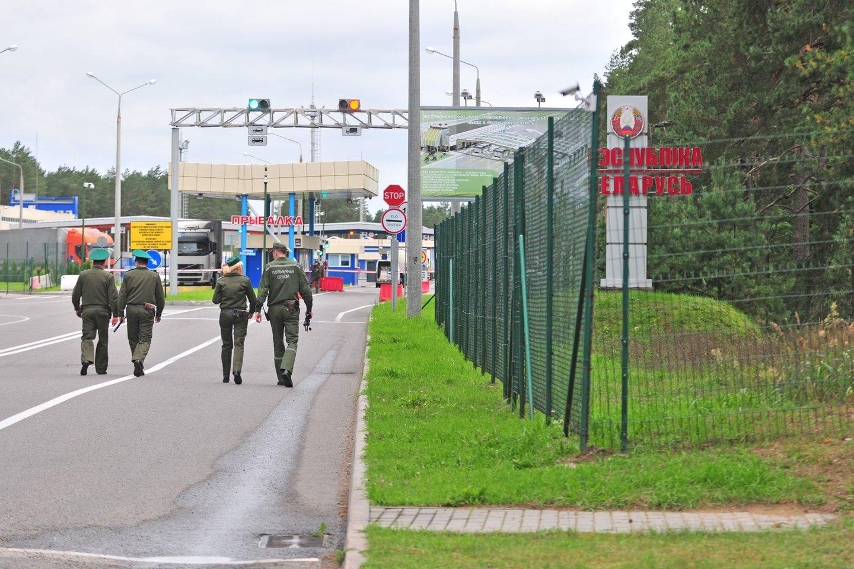 pasienis, pasieniečiai, VSAT, Valstybės sienos apsaugos tarnyba, sienos apsauga, Druskininkų užkarda, Baltarusijos pasieniečiai, Baltarusija<br>A.Vaitkevičiaus nuotr.