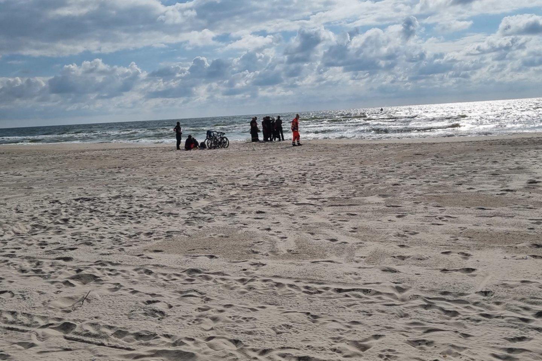 Šeštadienio vakaras Smiltynėje paženklintas tragedija.<br>G.Ališauskaitės nuotr.