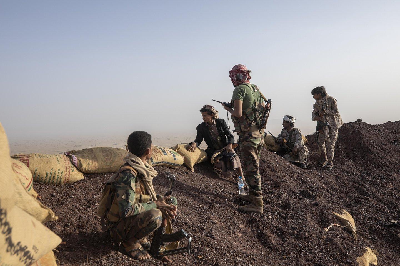 Anksčiau šį mėnesį Irano remiami husiai atnaujino pastangas perimti Maribo miestą, esantį netoli vienų gausiausių naftos telkinių Jemeno šiaurėje.<br>AP/Scanpix nuotr.
