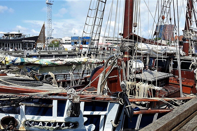 Burlaivis atplaukė iš Kopenhagos.<br>G.Pilaičio nuotr.