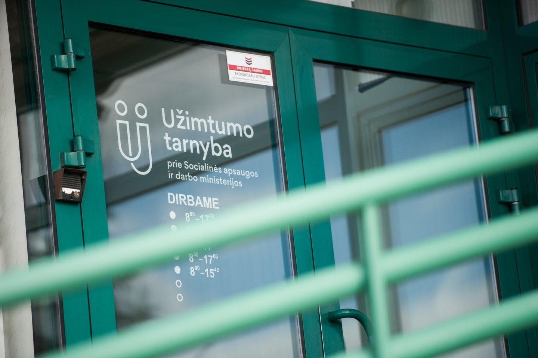 Užimtumo tarnyba atveria klientų aptarnavimo skyrius.<br>D.Umbraso nuotr.