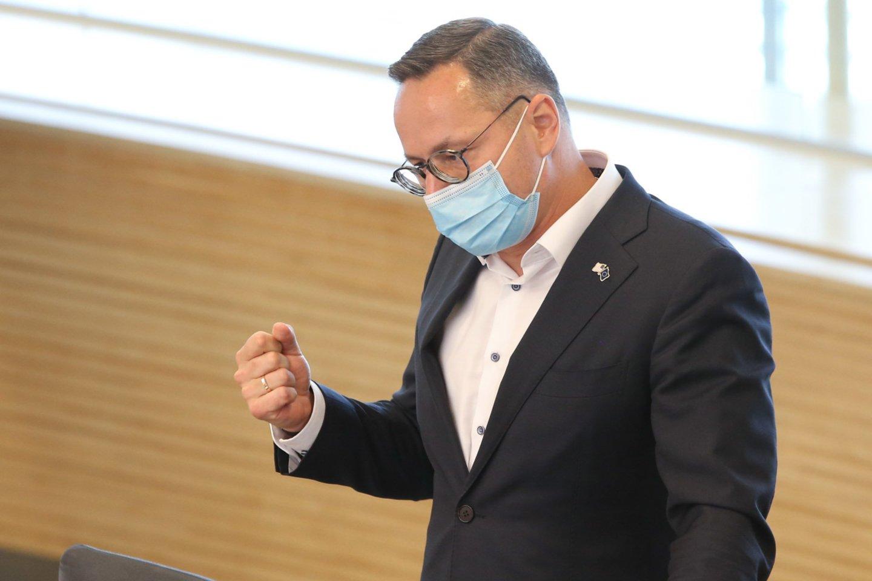 Seime – balsavimas dėl Ž.Pavilionio atstatydinimo iš URK pirmininkų.<br>R.Danisevičiaus nuotr.