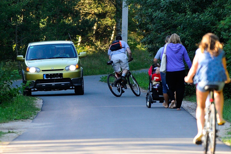 Per pastaruosius dvejus metus dviratininkų žemėlapio takų ilgis išaugo.<br>V.Ščiavinsko nuotr.