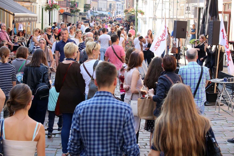 Artėjant liepos viduriui, prasidės pokyčiai seniausioje Kauno susisiekimo arterijoje – Vilniaus gatvėje, kurios dalis sutampa su prieš šimtus metų Vilniaus link vedusiu keliu.<br>M.Patašiaus nuotr.