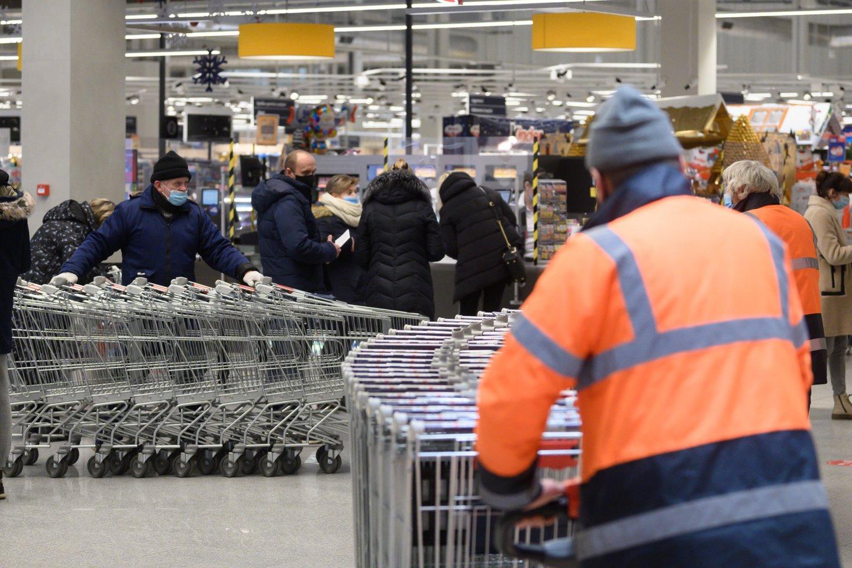 Infliacija šalyje sparčiai kyla, prekių ir paslaugų kainos didėja.<br>V.Skaraičio nuotr.