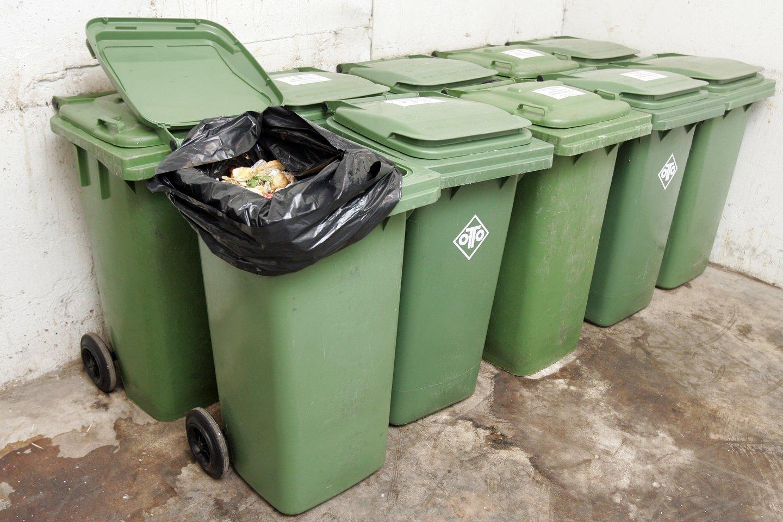Už neįrengtą atliekų rūšiavimo liniją privalo Ukmergės rajono savivaldybės administracijai grąžinti 170 tūkst. eurų permoką.<br>T.Bauro asociatyvi nuotr.