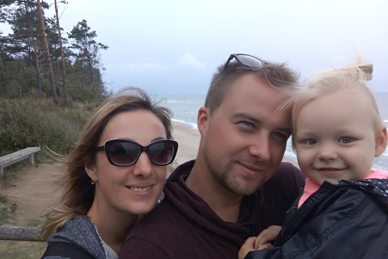 Aivaras su žmona Martyna ir dukrele Luka.<br>Asmeninio archyvo nuotr.