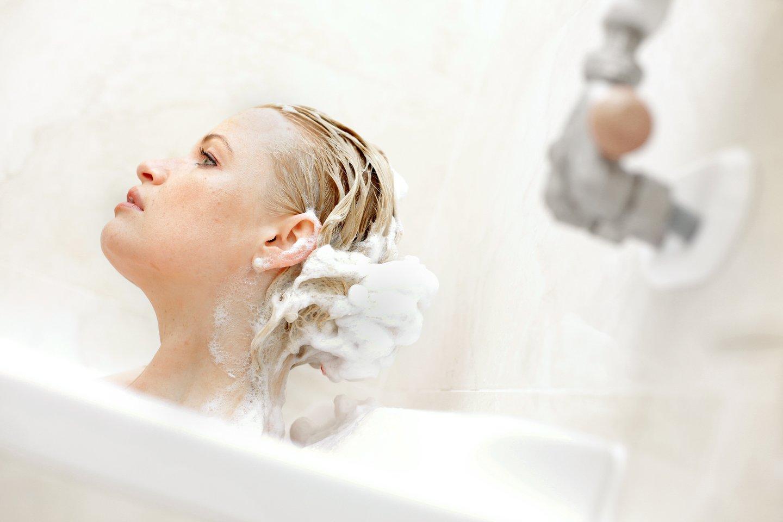 Ftalatai dažniausiai aptinkami namų valymo ir skalbimo priemonėse, maisto ir gėrimų pakuotėse, žaisluose bei asmens higienos priemonėse.<br>V.Balkūno nuotr.