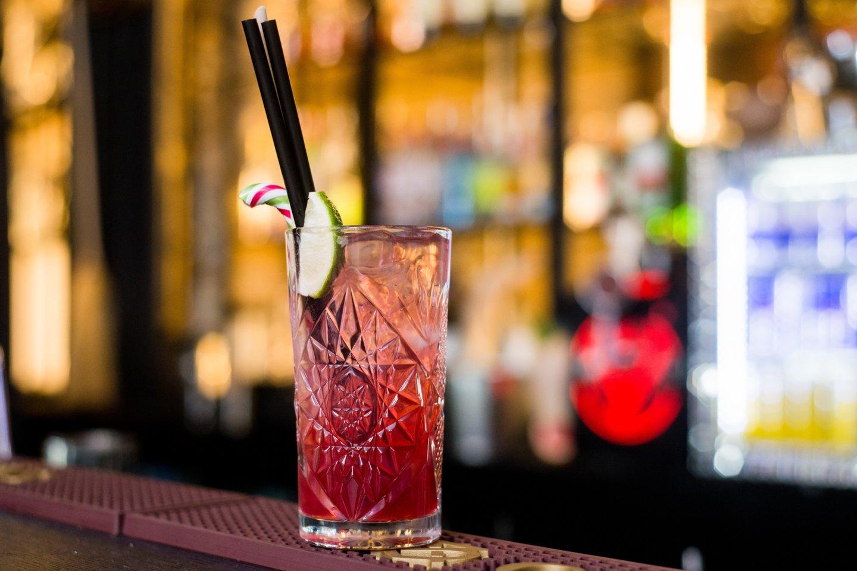 Lengvata taikoma kavinių, barų, restoranų ir kitų maitinimo įstaigų paslaugoms, taip pat ir išsinešamam maistui, bet ne alkoholiui.<br>J.Stacevičiaus nuotr.