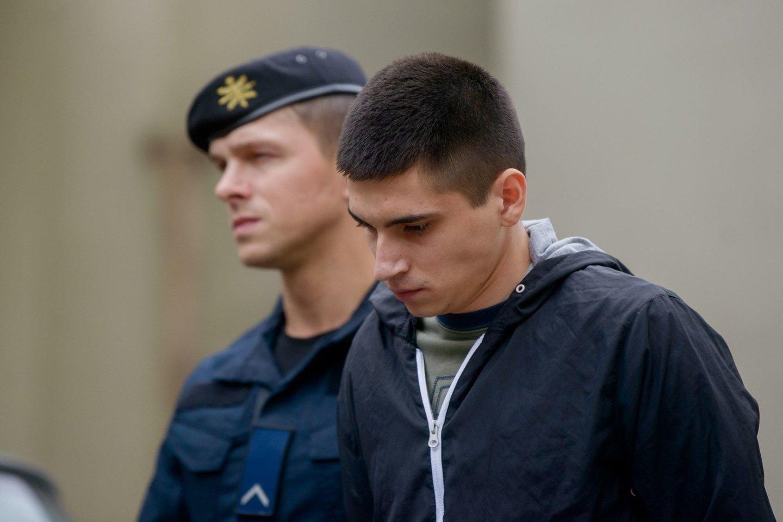 I.Strazdauskaitės žudikai išgirdo Aukščiausiojo teismo verdiktą.<br>J.Stacevičiaus nuotr.