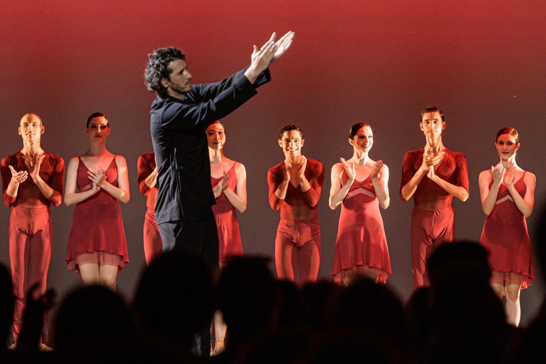 """Dirigentas R.Šumila po baleto spektaklio """"Bolero"""".<br>M.Aleksos nuotr."""