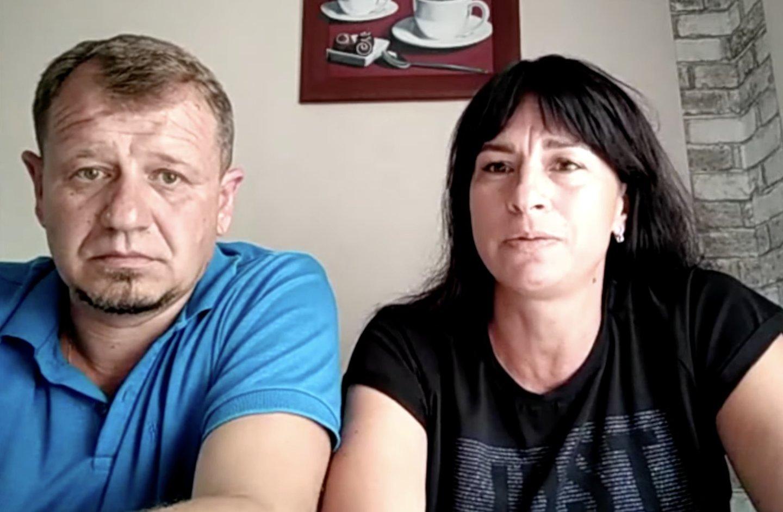 """S.Sapegos tėvai.<br>S.Cichanouskajos """"Twitter"""" paskyros nuotr."""