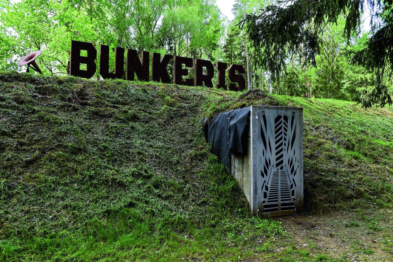 Ne tik bunkerio tamsa, bet ir specialūs efektai dirgina pojūčius ir sukuria niūrią atmosferą.<br>V.Ščiavinsko nuotr.