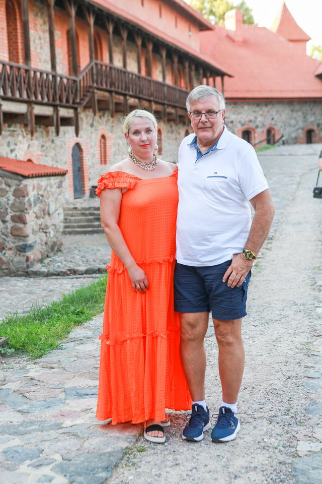 Gydytojas Alfredas Mačiulis su žmona Vesta.<br>G.Bitvinsko nuotr.