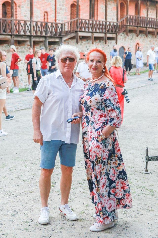 Rašytoja ir žurnalistė Laima Lavaste ir džiazo muzikantas Leonidas Šinkarenka.<br>G.Bitvinsko nuotr.