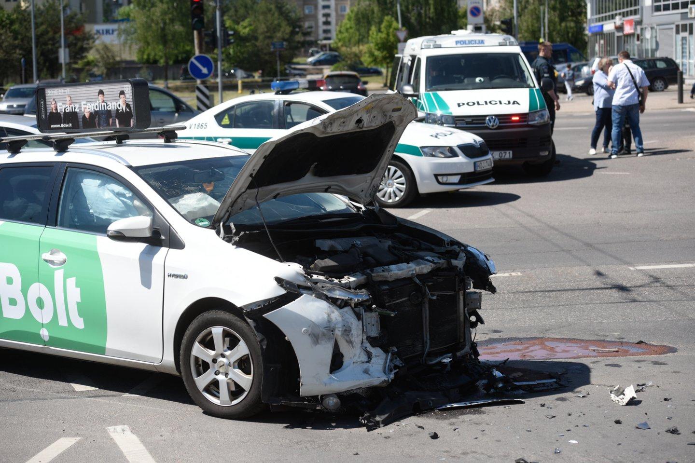 Lietuvos kelių policijos tarnybos atstovė Daiva Žilinskė informuoja, kad 2019 m. nustatytas lengvas neblaivumas (daugiau kaip 0 promilių, bet ne daugiau kaip 0,4 promilės) 18 taksi vairuotojų.<br>D.Umbraso nuotr.