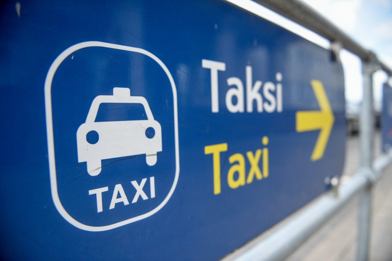 Pavėžėjimo paslaugomis žmonės yra patenkinti, kol jų vairuotojai neperžengia tam tikrų ribų.<br>D.Umbraso nuotr.