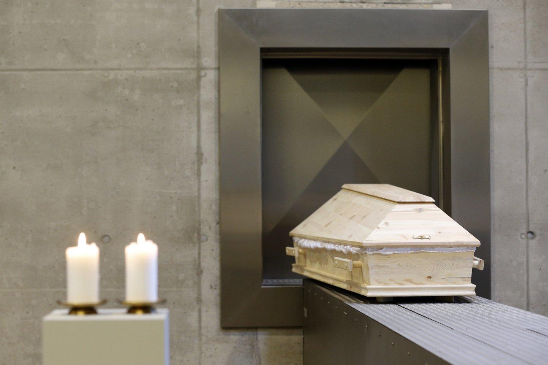 Prieš kelerius metus atlikta apklausa parodė, kad šalies biudžetas iš verslo, veikiančio laidojimo paslaugų srityje, kasmet praranda beveik 14 mln. eurų.<br>M.Kulbio nuotr.