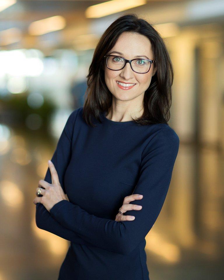 """""""Swedbank"""" Smulkių verslo klientų ir rinkodaros skyriaus vadovė Rasa Verkauskaitė-Kazanskienė."""